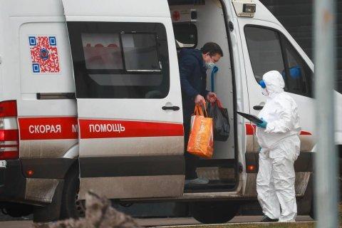 Число заражений коронавирусом за сутки в России впервые превысило 1 тысячу человек