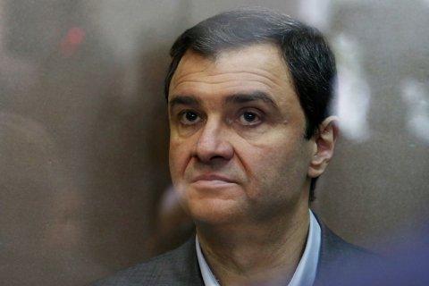 Суд приговорил замминистра к 1,5 годам за хищение 164 млн рублей и сразу освободил