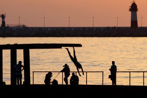 В Крыму предложили ввести налог на выезжающих за границу