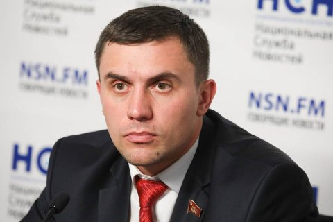 Единороссы в Саратове пытаются лишить коммуниста Николая Бондаренко мандата депутата и не допустить его к выборам в Госдуму