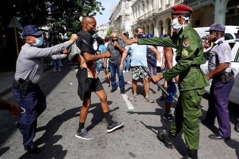 В КПРФ заявили, что ситуация на Кубе позволяет поднять вопрос о взаимодействии этой страны с ОДКБ