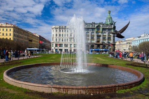 Смертность от коронавируса в Петербурге оказалась в три раза выше, чем в Москве