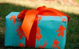 Сколько должен стоить подарок, чтобы он не считался взяткой