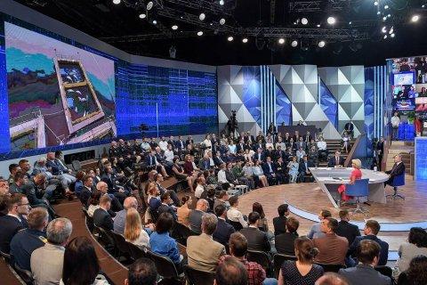 Только 15% россиян уверены, что поднятые на прямой линии с Путиным проблемы будут решены