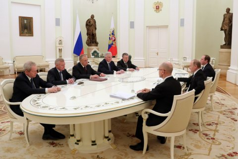 Путин объяснил губернаторопад