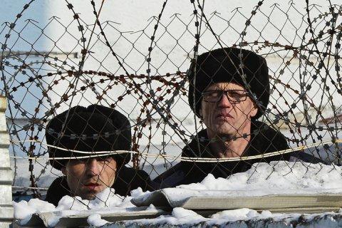 В России не хватает тюрем на бывших сотрудников правоохранительных органов
