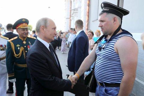 Путин пообещал передать флоту 26 кораблей и катеров в 2018 году. Через 3 дня выяснилось — не передадут