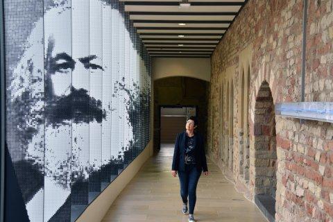 Геннадий Зюганов о Марксе: Мыслитель, изменивший мир