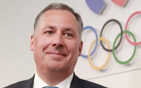 Глава Олимпийского комитета Поздняков гарантировал участие российских спортсменов в Олимпиаде-2020 под флагом России
