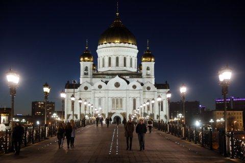 Лишь 2 процента россиян полностью соблюдают Великий пост и только шесть процентов пойдут ко Всенощной