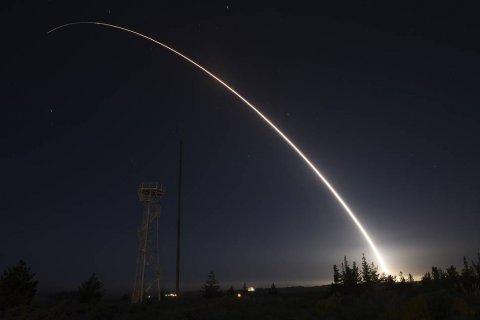 В США Сенат запретил минобороны покупать и разрабатывать ракеты средней дальности