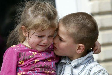 Треть россиян заявили о праве родителей бить своих детей. Что думают психологи, Госдума, РПЦ и прокуратура?