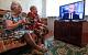 Опрос: Почти половина россиян продолжает верить тому, что говорят в телевизоре