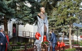 На Ставрополье открыли памятник Сталину