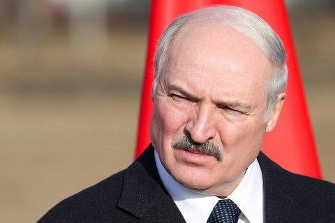 «Кто посмеет уничтожить Беларусь — будет проклят». Лукашенко прокомментировал слухи о присоединении к России