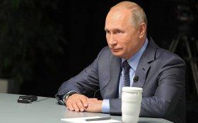 Гонка вооружений ничего хорошего для мира не сулит, заявил Путин. Год назад Путин говорил, что она идет уже 16 лет