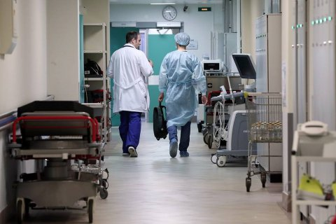 Россиянам все меньше нравится качество медпомощи