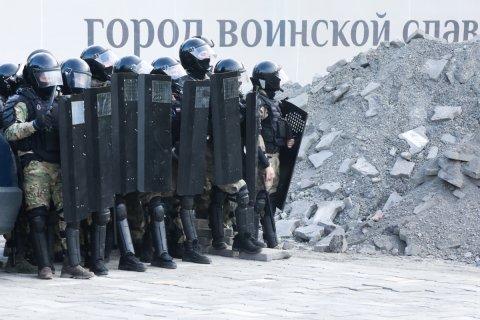 Путин подписал указы о выплатах военным, полицейским, следователям, прокурорам, контрактникам, курсантам, таможенникам, тюремщикам, пожарным, росгвардейцам и другим силовикам