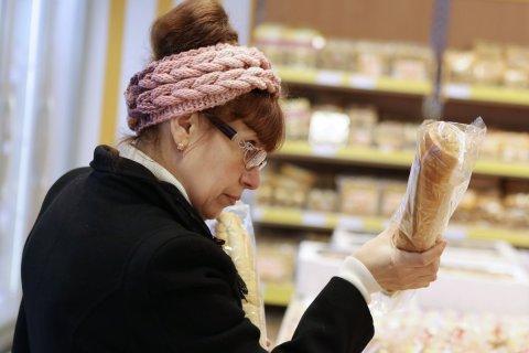 Средний чек россиян в магазинах достиг минимума за два года