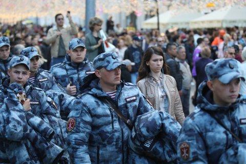 Владимир Путин предложил частично смягчить уголовное наказание «за репосты». Кремль: Это исправления маразма
