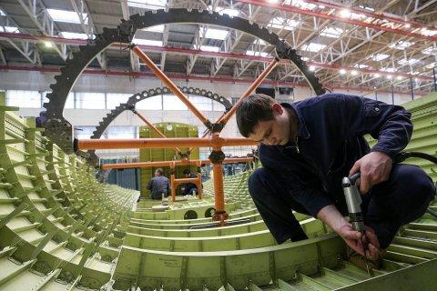 В России начали собирать первый стратегический стелс-бомбардировщик. На вооружение его примут лет через 10