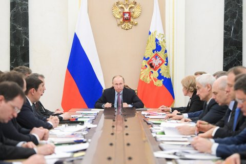 Правительство отчиталось о выполнение «майских указов» Путина: Все хорошо