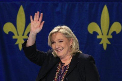 Олланд назвал своей главной задачей не допустить победы Ле Пен на президентских выборах во Франции