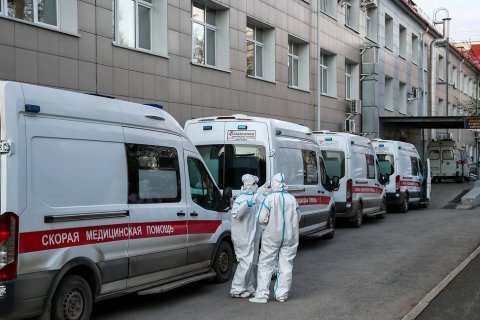За сутки в России выявили почти 8 тысяч инфицированных коронавирусом