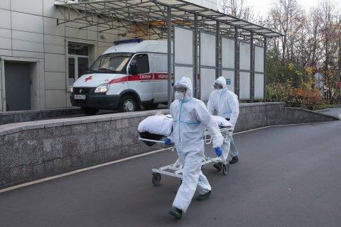 В России четвертые сутки подряд выявляют более 18 тыс. заразившихся коронавирусом