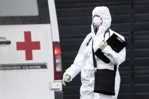 Впервые с марта в России выявили больше 10 тысяч случаев COVID за сутки