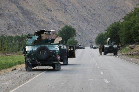 Таджикистан объявил мобилизацию после бегства афганских войск на его территорию