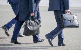Зарплата чиновников превысила среднюю зарплату россиянина в 3 раза