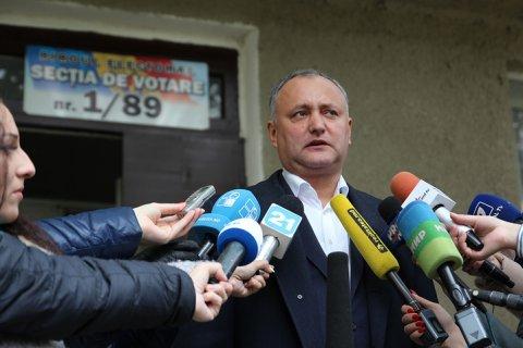 Социалист и сторонник Москвы победил в первом туре президентских выборов в Молдове