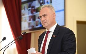 Кандидат в губернаторы Ростовской области, коммунист Евгений Бессонов через суд потребовал отменить итоги выборов