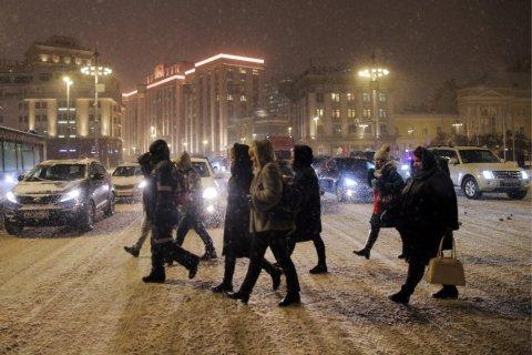 Камеры в Москве начали фиксировать автомобили, не пропускающие пешеходов