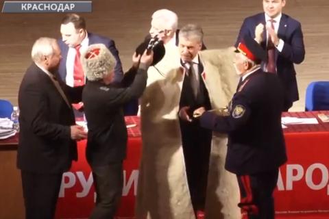 Новый ролик «Павел Грудинин — народный Президент» стал сверхпопулярным