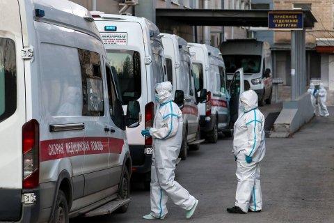Число заразившихся коронавирусом в России увеличилось до 966 тысяч