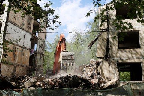 Правительство Москвы хочет сделать дворы домов непроходными