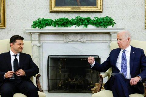 Байден и Зеленский договорились дружить против России