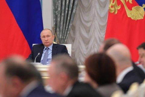 Путин продлил срок заморозки пенсионных накоплений