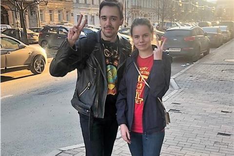В Петербурге суд освободил арестованных комсомольцев