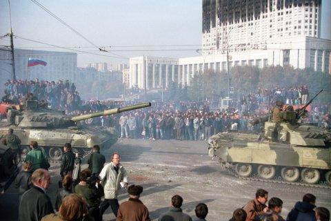 Дмитрий Новиков: В 1993 году было расстреляно будущее страны