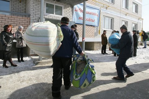 Нехватка денег больше всего осложняет семейную жизнь россиян – комментарии экспертов