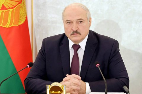 Александр Лукашенко заявил, что не будет мешать нелегальным мигрантам использовать белорусскую границу для проникновения в Европу