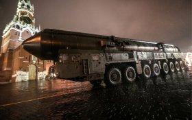 Эксперты: Россия превосходит США в ядерном оружие потому, что начала гонку вооружений раньше