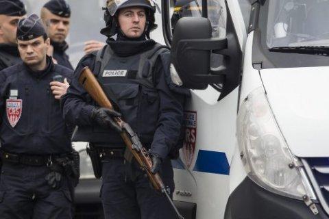 На северо-западе Франции террористы захватили церковь и убили священника