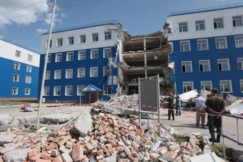 Военная прокуратура и следствие за 6 лет не смогли расследовать гибель 24 десантников в результате обрушения казармы. Истек срок давности