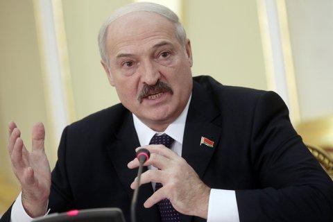 Лукашенко попросил ученых придумать способ не «ползать на коленях» за газ