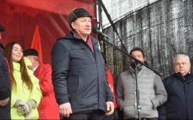 Глава московского горкома КПРФ потребовал отправить в отставку Путина и Медведева