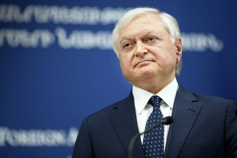 Глава МИД Армении проведет в Москве переговоры с представителями российской власти